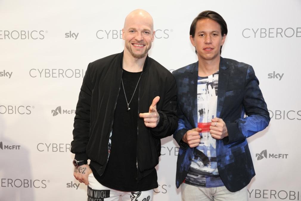 Mateo und Chino von Culcha Candela ©WORLD OF CYBEROBICS®