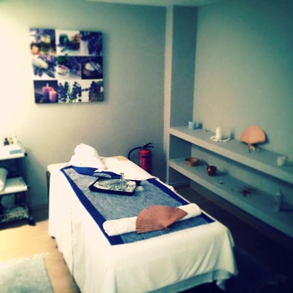 Massagen und Ölbehandlungen sind im hoteleignen Spa möglich. @katrin-lars.net