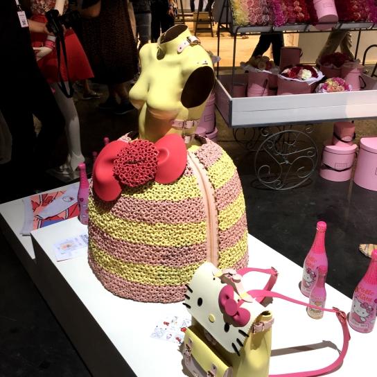 Hello Kitty lässt grüßen! Designerin Marina Hoermanseder präsentierte ihre Koop. mit Hallo Kitty. ©katrin-lars.net