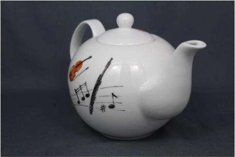 Teekanne (Bone China Porzellan) von BREMER BECHER © 2016 BREMER BECHER - Porzellan für Individualisten