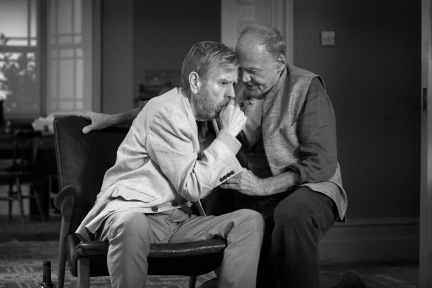 Timothy Spall als Bill und Bruno Ganz als Gottfried © Adventure Pictures Ltd.