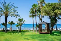 Paradiesischer Garten im Barut Acanthus & Cennet. © Barut Hotels