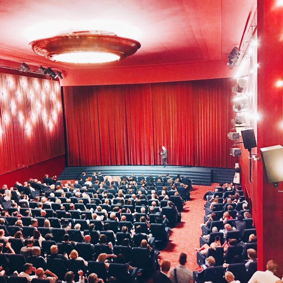 Passende Kulisse: der Delphi Filmpalast © katrin-lars.net
