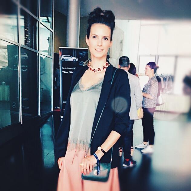 Etwas stressig ist es schon! Katrin unterwegs auf der Fashion Week! © katrin-lars.net