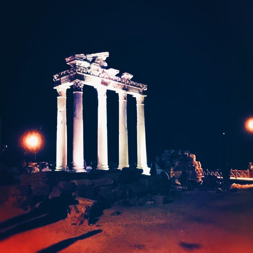 Die römischen Ruinen des Apollon Tempel in Side. © Katrin-lars.net
