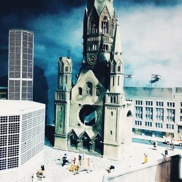 """Die Gedächtniskirche im """"Little BIG City"""" Berlin. © katrin-lars.net"""