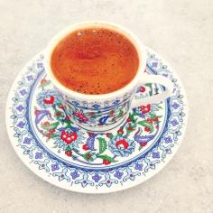 Geht immer: ein ein türkischer Mokka (tükr kahvesi) © katrin-lars.net