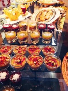 Türkische Süßspeisen wie Baklava im Hauptrestaurant des Barut Acanthus & Cennet. © katrin-lars.net