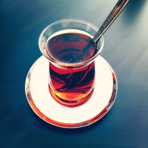 türkischer Çay (schwarzer Tee) geht immer! © katrin-lars.net