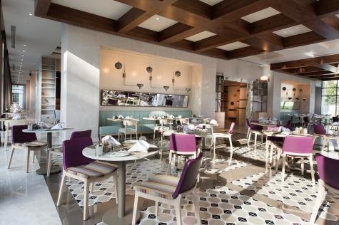 Ein Blick in das Hauptrestaurant des Barut Acanthus & Cennet. © Barut Hotels