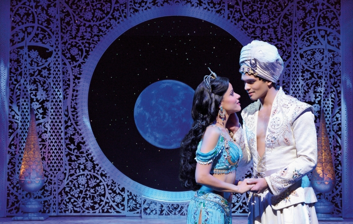 Szenenmotiv: Aladdin & Prinzessin Jasmin. © Stage Entertainment 2017