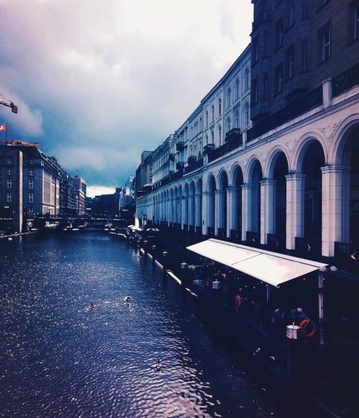 Hamburgs Kanäle - immer einen Spaziergang wert. © Lars Wars