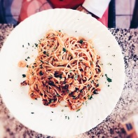 Spaghetti Marinara mit Meeresfrüchten und Tomatensoße. © Lars Wars