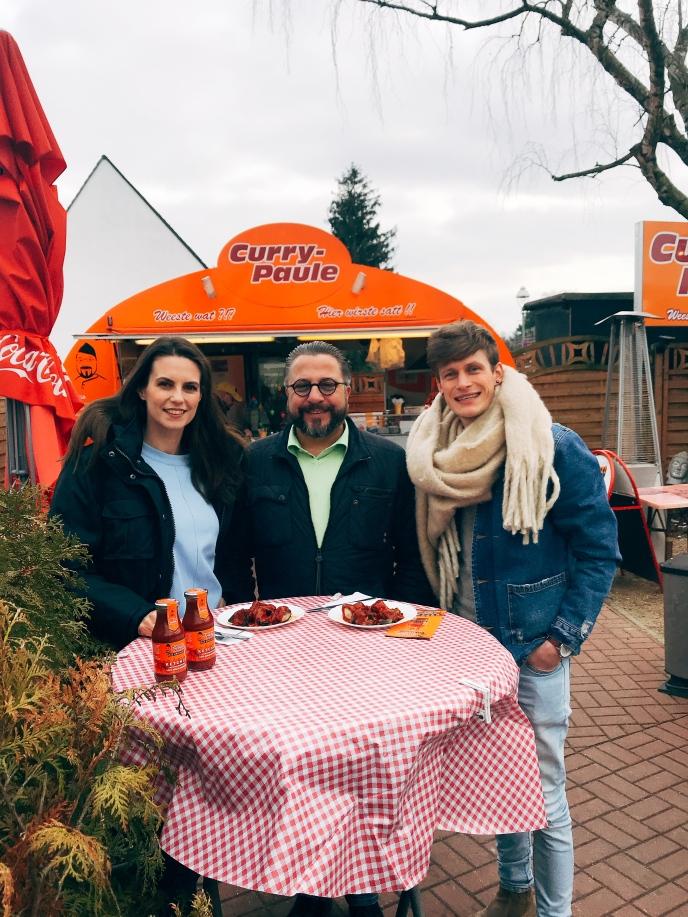 In netter Gesellschaft mit Curry-Paule Gründer Andreas Kämpf © katrin-lars.net