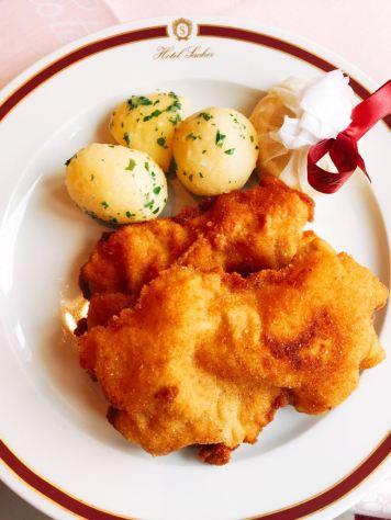 Geschmacklich ist das Original Wiener Schnitzel einfach klasse! © Lars Wars